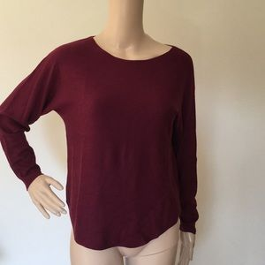 Joan Vas's New York Sweater NWT